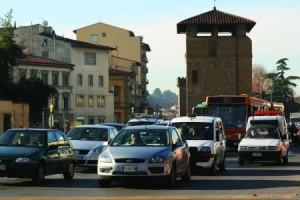 Firenze è la città dalle polizze RCA più costose