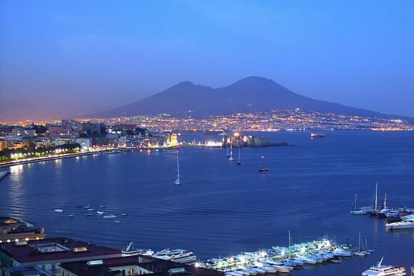 Assicurazioni Auto, la Confesercenti di Napoli Interviene