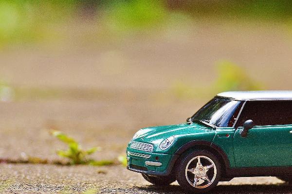 Assicurazioni Rc Auto, contratto di sole tre pagine la nota informativa